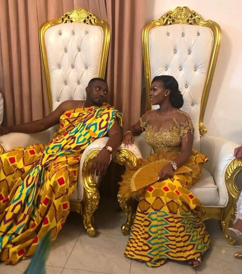 Gana usulü düğünde giyilen elbiseler