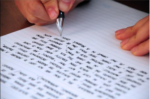 Öğretmeniniz bir konu üzerine 'essay' yazmanızı istedi ve yetiştirecek zamanınız kalmadı veya nasıl bir 'essay' hazırlayacağınıza dair aklınız mı karışık? Endişelenmeyin! Ödevcim ailesi olarak sizin için buradayız! Hangi alanda, hangi konu üzerine olursa olsun İngilizce essay yazımında deneyimli uzmanlarımızla birlikte 'essay'inizi sizin istediğiniz şekilde yazıyoruz. Birlikte 'essay' yazım sürecinin nasıl işlendiğine yakından bir göz atalım: