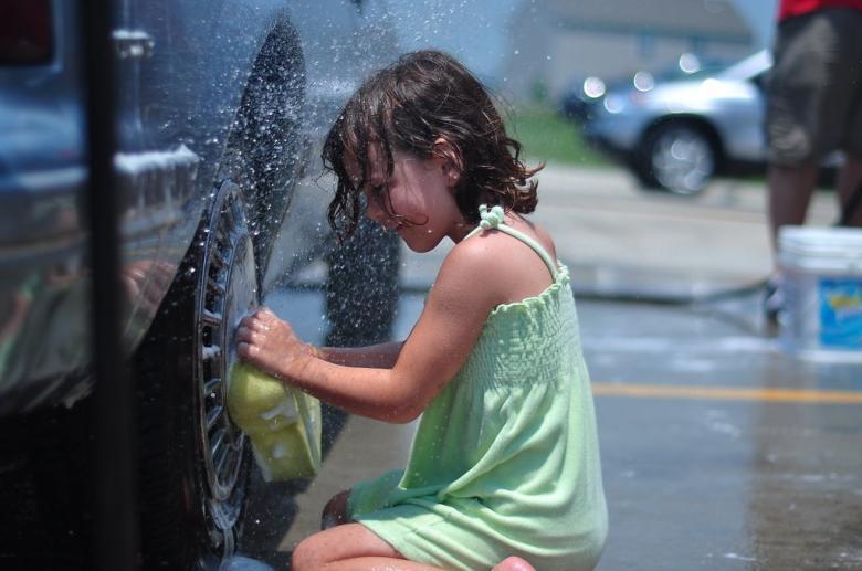 Birlikte araba yıkayın