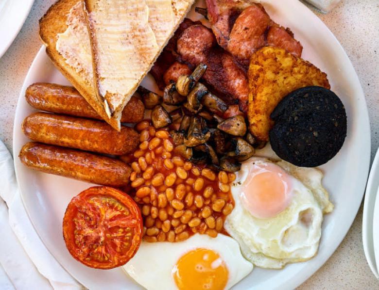 İngilizlerin her gün böyle kahvaltı yaptıklarını zannetmek