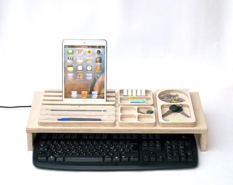Tabletinden kalemlerine kadar işine yarayak her eşyanı yerleştirebileceğin bir aparat