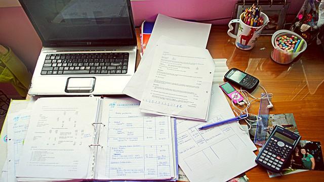 Ücretli ödev yaptırmanın en iyi adresi Ödevcim. Proje ödevi hazırlayan yerler arasında en iyisiyiz. Ödevcim uzmanlarımız en doğru ödevleri en uygun fiyata sizler sunuyor. Üstelik ödevinizi yaparken de 7/24 ödevinizden sizleri haberdar ediyor. Üstelik bize ulaşmak için yapacaklarınız da oldukça basit! Sizde ücretli Sosyoloji Ödevi yaptırmak için doğru yerdesiniz. Sosyoloji ödevi hazırlatma sitesi olan Ödevcim'e ulaşmak için hemen iletisim@odevcim.com mail adresinden bizlere ulaşabilirsiniz. Ödevcim imkanlarından yararlanarak, kolayca başarı ile geçebileceksiniz. Ayrıca sosyoloji ödevi nasıl hazırlanır diyorsanız hemen aşağıdaki makaleyi okuyabilirsiniz.