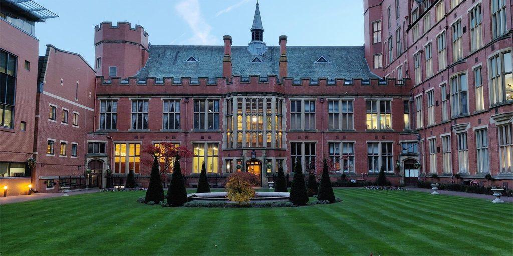 Sheffield University'de Üniversite Eğitimi Almak Hakkında Herşey / Essay – Ödev – Tez – Makale – Çeviri – Niyet Mektubu Yaptırma