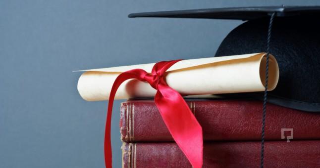 Doktora Çalışması (9) - Çağdaş Yüksek Öğretimde Doktora Çalışması – Farklı Toplumlarda Doktora – Birleşik Krallık'ta Doktora – Doktora Çalışması Yaptırma – Doktora tezi – Doktora Tezi Ücretleri