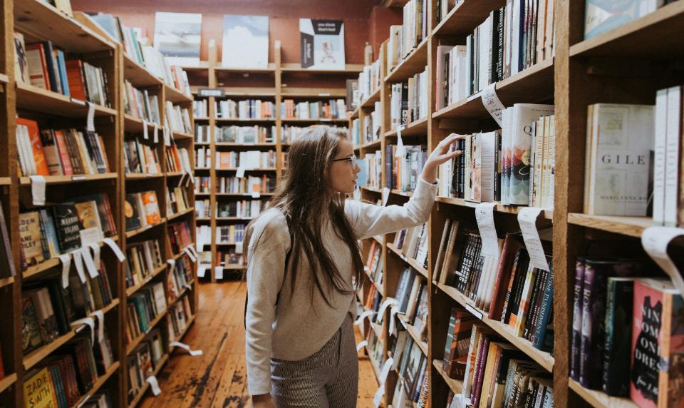 SOSYOLOJİK DURUM – İngiltere'de Eğitim Sistemi – Tez Nasıl Yazılır? – Essay – Ödev – Tez – Makale – Çeviri – Tez Yazdırma -Tez Yazdırma Fiyatları